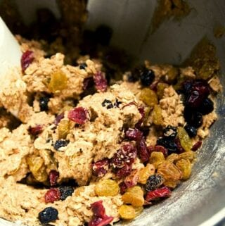 oatmeal cookie fruit dough