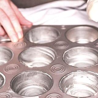 prep muffin pan