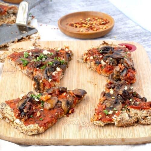 Vegan Low Carb Cauliflower Pizza
