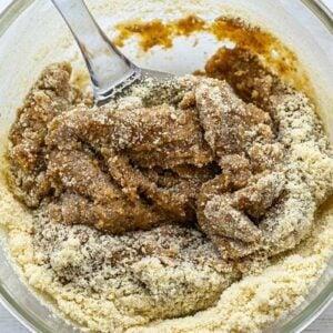 mix almond flour ingredients